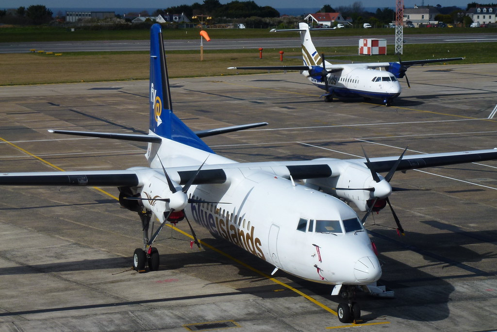 PH-JXK Blue Islands Fokker 50