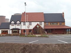 5 Colliers Arms, Rugeley (robertknight16) Tags: britain british local pubs