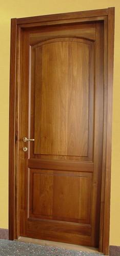 Porta interna mod. Archetto in legno massello