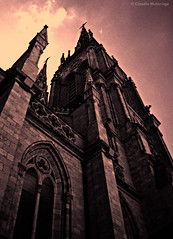 A dangerous place / Un lugar peligroso (Claudio.Ar) Tags: sky color church argentina dangerous topf50 buenosaires cross basilica sony faith einstein religion evil dsc lujan h9 gotic claudioar claudiomufarrege