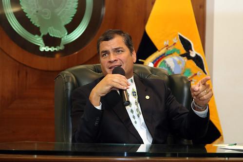 From flickr.com: Rueda de Prensa del Presidente Rafael Correa {MID-71996}