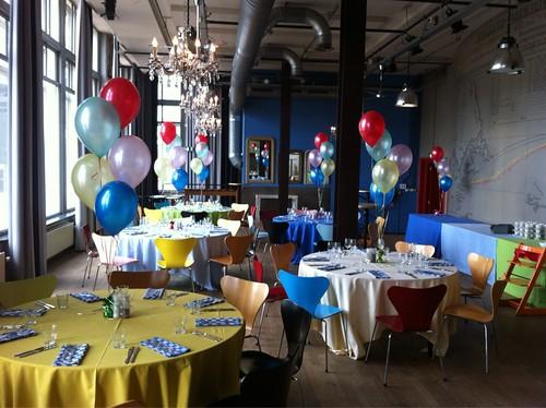 Tafeldecoratie 5ballonnen Hotel New York Rotterdam
