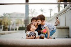 Noah-Teo-Kai (Cea tecea) Tags: noah love hug play teo siblings kai hermanos germans filmisnotdead iheartfilm