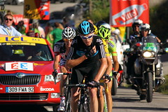 Chris Froome leading Wiggo (Jowisth) Tags: chris summer sky mountain france mountains sports nature bicycle sport les race jaune montagne de cycling cyclists la team cyclist tour view general sommer stage den july competition 11 professional event bradley views pro leader lotto 12 leaders juli van tourdefrance spectators sporting 12th rider pau velo happening jurgen ete maillot 2012 jrgen vincenzo riders velocipede frankrike peloton wiggins classification stage11 samatan wiggo liquigas toussuire sybelles broeck froome nibali belisol froomedog
