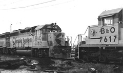 Baltimore & Ohio 4130 and 1977 meet 7617 (CPShips) Tags: philadelphia bo 1977 emd sd402 gp402 chessiesystem
