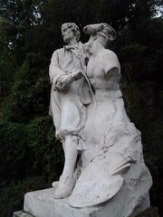 'armless fun, Marseille style (John Steedman) Tags: sculpture france statue marseille frankreich frankrijk francia puget sculptor フランス massilia 法国 马赛 sculpteur 馬賽 マルセイユ