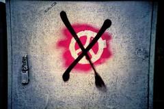 no peace today (mikeasaurus) Tags: red black rot wall germany bayern bavaria graffiti lomo lca xpro peace wand ct lomolca slidefilm lila agfa vignetting schwarz 100asa precisa expired2005 durchgestrichen c41devpt friedensymbol october2012