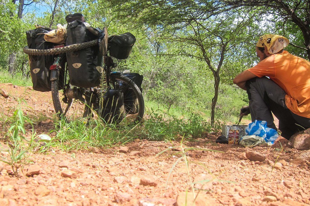 Roadside cooking & Cunene the last province of Angola - FreeWheely   Cycling Africa