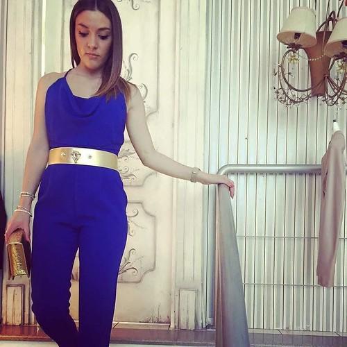 Blu & gold perfect style #dress #bijoux #accessori #personalizzati #madeinitaly #handmade #collane #bracciali #spille #orecchini #earrings #swarovsky #pelle #event #Look #blu #gold #accessori foto by @attianeseboutique
