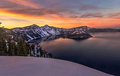 Sunset Colors of Crater Lake (Cole Chase Photography) Tags: oregon canon pacificnorthwest craterlake t3i