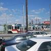 A northbound S/N train turns onto 17th Ave (Tysasi) Tags: trimet sn orangeline type1 sd600 pmlr portlandmilwaukielightrail
