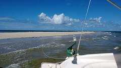 Banco de areia / sandbank (FC Monteiro) Tags: sea brazil brasil mar motorola celular pernambuco sandbank fccm