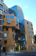 Dr Chau Chak Wing Builidng (bobarcpics) Tags: curtainwall brickwork uts sydney frankgehry street contemporaryarchitecture educationbuilding