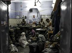 _DSC0211 (bhanu prksh) Tags: photojournalism bagmakers surviving