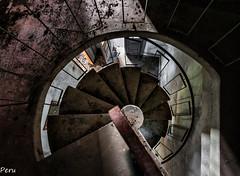 Espiral (Perurena) Tags: metal stairs iron decay espiral escaleras escadas abandono urbex descenso profundidad escaleradecaracol peldaos urbanexplore