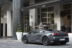 570. (Alex Penfold) Tags: auto camera london cars alex sports car sport mobile canon photography eos photo cool flickr image awesome flash picture super spot knightsbridge sl exotic photograph german lp spotted hyper lamborghini supercar spotting exotica gallardo sportscar 2012 sportscars supercars lambo penfold spotter superleggera 570 hypercar 60d hypercars lp570 alexpenfold