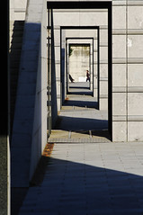 Cadres (Edgard.V) Tags: light shadow black paris france luz grey gris noir grigio lumière ombra sombra quadro citroën preto ombre frame parc nero andré luce parigi