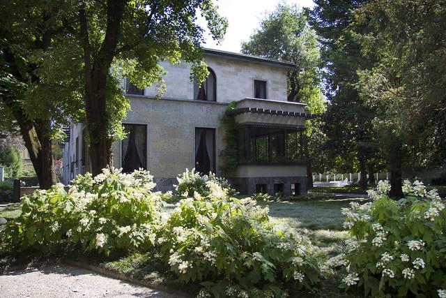 """Thumbnail for Il mondo dei musei, i musei del mondo. Marco Magnifico, """"Villa Necchi Campiglio. Casa o Museo? Casa!"""""""
