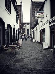 creswell lane (eilidhbee) Tags: glasgow lane cobbles westend creswelllane