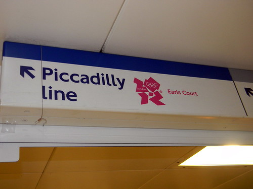 piccadilly line london