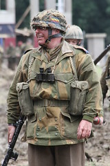 (delta23lfb) Tags: uniform ww2 airborne reenactor secondworldwar livinghistory warandpeaceshow beltring