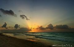 playa del carmen 5940 ch (Emilio Segura Lpez) Tags: sol mxico mar playadelcarmen playa arena amanecer yucatn cielo