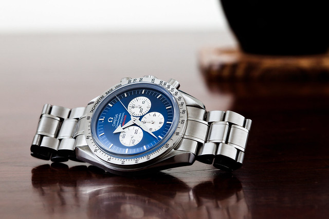 mechanical watch omega manual custom speedmaster gemini chronograph sapphire moonwatch handwind smurfmaster