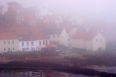 Houses in Harr (b16dyr) Tags: mist scotland fife seamist pittenweem scotchmist fifecoastalwalk seaharr seahar