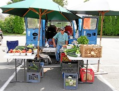 2012 FARMERS MARKET - 142 (JERRY DOUGHERTY'S CONNECTICUT) Tags: farmersmarket connecticut ct windsorlocks jerrydoughertysconnecticut waltermurkowiczfarm