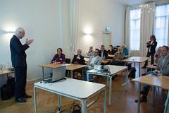 Jan Jaap Wietsma geeft de workshop Videolessen (Kennisland) Tags: utrecht kl 2012 impuls onderwijs iio innovatie kennisland innovatieimpulsonderwijs silverijn