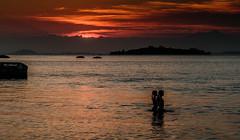 Sunset em Paquet - Rio de Janeiro (mariohowat) Tags: sunset brazil brasil riodejaneiro natureza prdosol paquet crepsculo ilhadepaquet platinumheartaward rio2016