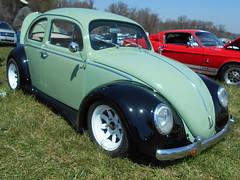1963 Volkswagen Beetle (splattergraphics) Tags: vw volkswagen beetle custom carshow 1963 volksrod jarrettsvillemd romancingthechrome