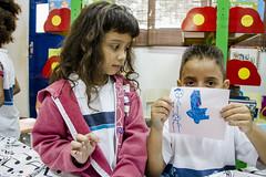 (REDES DA MAR) Tags: americalatina brasil riodejaneiro mare biblioteca infantil favela ong leitura novaholanda complexodamare elisngelaleite mariaclaramachado contaodehistoria redesdamare labcriativo