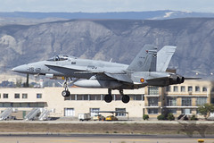 McDonnell Douglas EF-18M Hornet (Newdawn images) Tags: mcdonnelldouglas ef18m hornet 1512 c1525 ala15 aviation aircraft airplane aeroplane plane military militaryjet jet jetfighter spanishairforce zaragoza