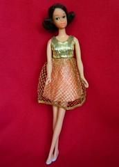VINTAGE MOD FRANCIE QUICK CURL BARBIE DOLL w/ GOLD RUSH DRESS (laika*2008) Tags: vintage gold mod doll dress w barbie rush curl quick francie