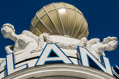 LAN. Party? (explored) (ToDoe) Tags: blue party sky sculpture hotel hamburg himmel atlantic lanparty lan luxus hotelatlantic kempinski skulpturen luxushotel