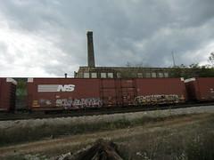 10-01-10 (92) (This Guy...) Tags: poverty road railroad car train graffiti box graf rail rr lincoln traincar boxcar alb graff abe alamo brigade 2010