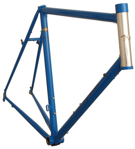 <p>Waterford 22-Series Artisan Frame with stainless head tube and headbadge, internal brake cable routing and and canty brakes - 62997.</p>