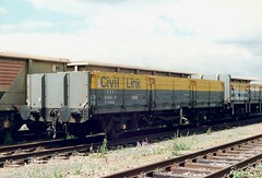45 tonne Open Engineers Materials Wagon. (Marra Man) Tags: squid zda railwaywagons freightwagons engineerswagons dc100065