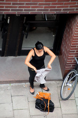 From Above (josephzohn   flickr) Tags: girls people bikes fromabove cyklar tjejer mnniskor uppifrn brahegatan