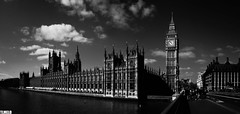 Westminster Palace - Big Ben - London - England (TLMELO) Tags: street inglaterra bridge red england sky woman white black london classic clock rio branco azul thames clouds river u2 time bell jubilee taxi mulher trafalgar bigben bicicleta bluesky nelson games scene palace tourist cu preto queen vermelho buckinghampalace greenpark londres nuvens years olympics anos riverthames tempo charingcross elisabeth 60 relgio jogos stjamesspark westminsterbridge themall turistas reinounido sino palaceofwestminster lordnelson olimpics rainha london2012 admiraltyarch unitedkingdon olmpicos tmisa jubileu mygearandme mygearandmepremium
