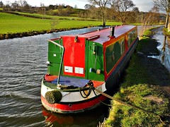 A barge on the Leeds and Liverpool Canal at Rodley near Leeds (Paul Anthony Moore) Tags: leeds barge barges leedsandliverpoolcanal rodley