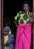 Mother and kid, Kigali, Rwanda (Eric Lafforgue) Tags: africa rwanda afrika commonwealth afrique centralafrica kinyarwanda ruanda afriquecentrale רואנדה 卢旺达 르완다 盧安達 republicofrwanda руанда رواندا ruandesa