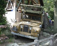 Land Rover (timvanessen) Tags: netherlands 22 d nederland rover land wassenaar defender 22d duinrell lpb lpb22d