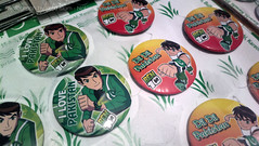 Ben 10 is a Pakistani (Raja Islam) Tags: camera pakistan love mobile nokia is day phone ben 10 14 cartoon stall august celebration badge pakistani network independence sell karachi seller sindh dil 808 ben10 dildil pureview