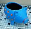 Vaso porquinho (ALÉM DA RUA ATELIER/Veronica Kraemer) Tags: vaso cachepo vasopintado vasocolorido pinturadevaso vasocustomizado vasodeporco