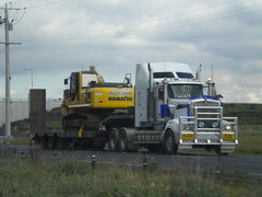 Kenworth T904 Oversize (KW BOY) Tags: tractor truck prime highway transport australian melbourne semi lorry rig hauling express heavy hume conventional mover trucking kw 2012 oversize kenworth haulage t904 allequip