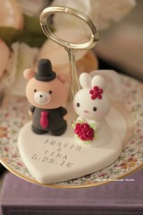 rabbit and bear wedding cake topper (charles fukuyama) Tags: wedding cute bunny clay custom lapin weddingceremony sculpted initials ours cakedecoration  weddingcaketopper  brideandgroomcaketopper handmadecaketopper bearcaketopper rabbitcaketopper kikuike