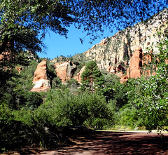 Oak Creek Canyon, AZ 2015.jpg (inkknife_2000 (6.5 million views +)) Tags: ranch trees usa forest landscapes orchard redrocks oakcreekcanyon appleorchard sandstoneformations sliderockstatepark sedonaaz redsandstoneformations dgrahamphoto