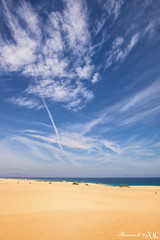 Corralejo beach (Xag.) Tags: ocean blue sea sky seascape beach azul clouds landscape mar sand nikon dune playa paisaje arena cielo nubes duna oceano 2470mm d610 xag
